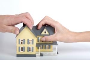 Если квартира куплена до брака, может ли жена претендовать на неё после развода?