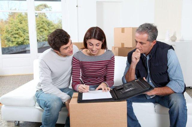 Договор на ремонт квартиры между физическими лицами: образец