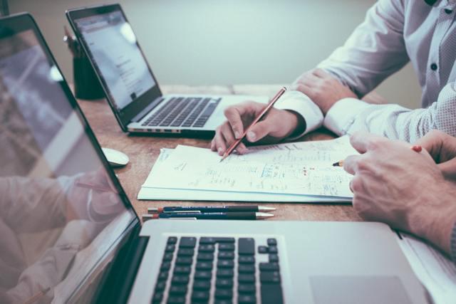 Налог на коммерческую недвижимость: расчёт для физических и юридических лиц