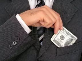 Оплата коммунальных услуг, если человек прописан, но не проживает в квартире
