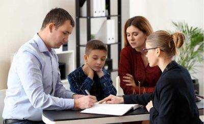 Как выписать несовершеннолетнего ребёнка из квартиры: порядок действий