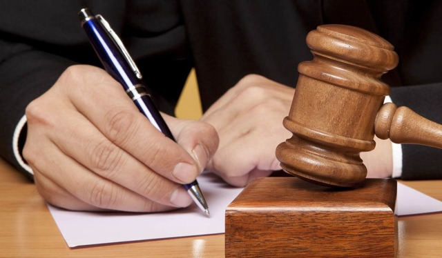 Как приватизировать квартиру через суд?